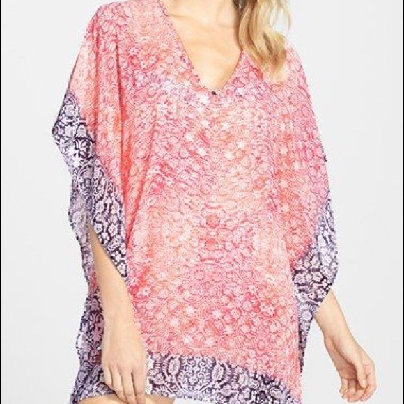 9622569884 Tommy Bahama Coral Medallion Cover-up